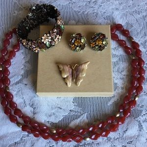 Jewelry - 4 Piece Vintage Jewelry Lot